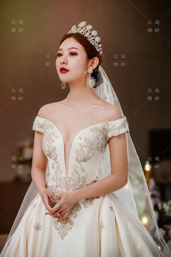 比堤婚紗 婚紗禮服 大氣婚禮必選款 6